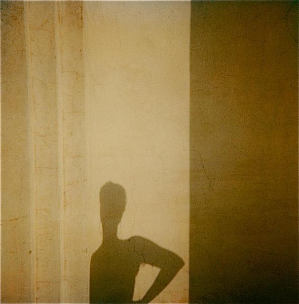 Fotografia Italiana / Polaroid Sx 70, Di Augusto De Luca / 04
