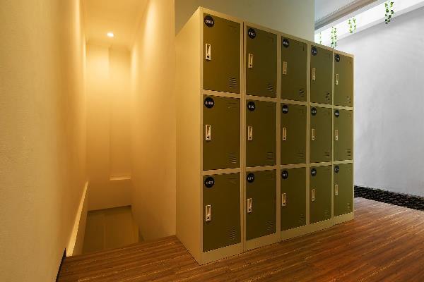 Ruang Locker Di Mypodroom